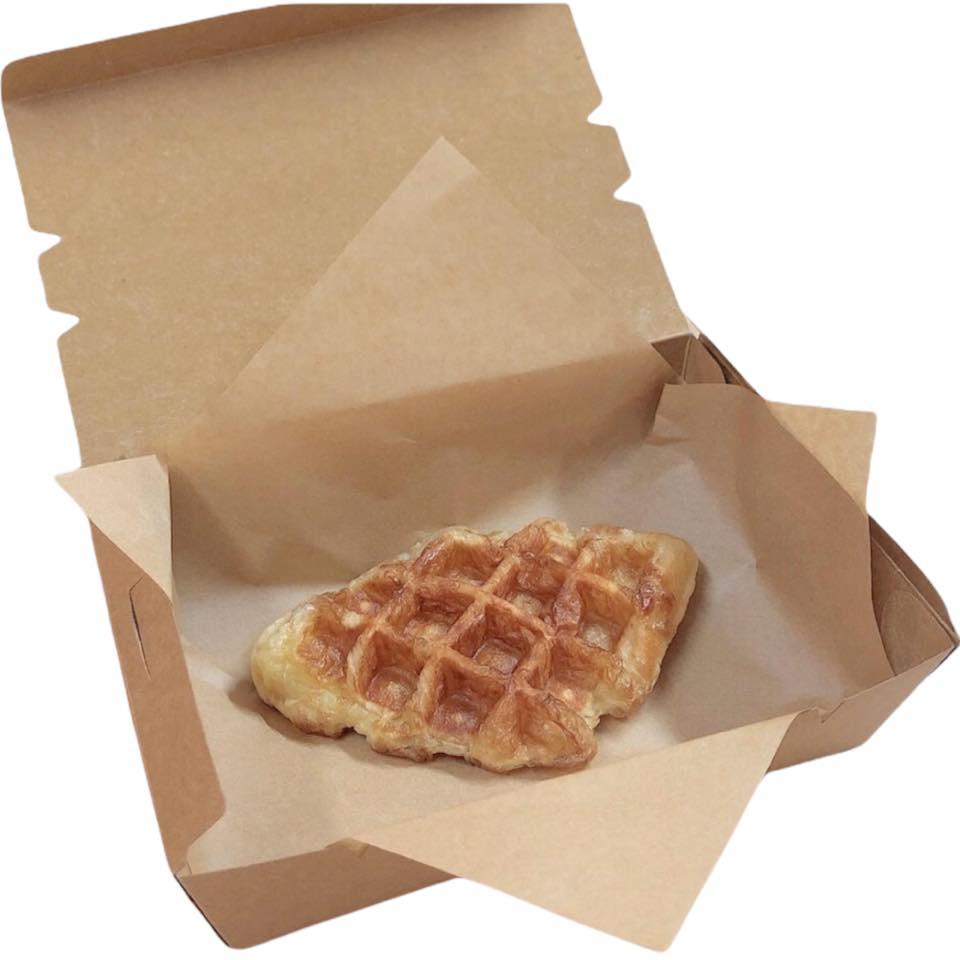 กระดาษห่อ/รองอาหาร ขนาด 30ซม. x 30ซม. สีน้ำตาล บรรจุ 20 แผ่น/1 ห่อ